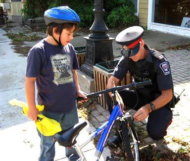 Com-policing